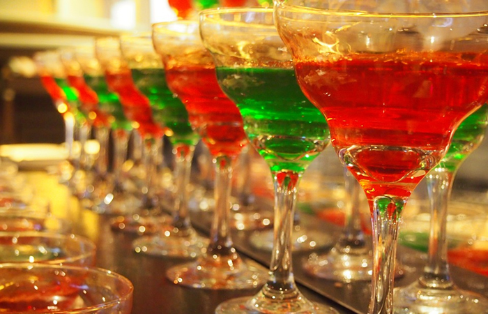 Christmas cocktail recipes - red and green colored cocktails