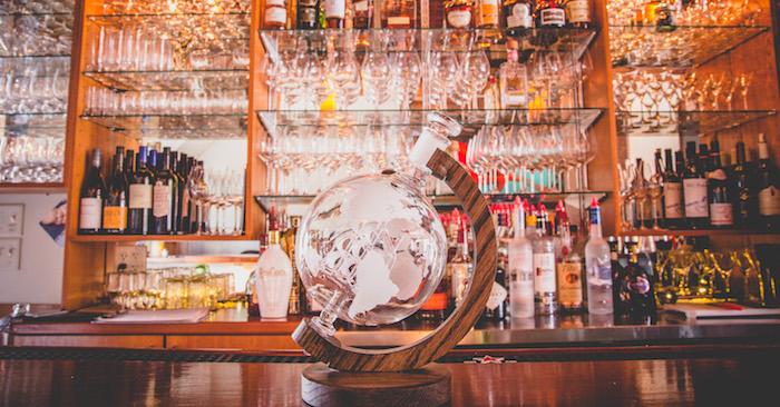 Prestige Decanters' Magellan's Victoria Decanter for Bourbon