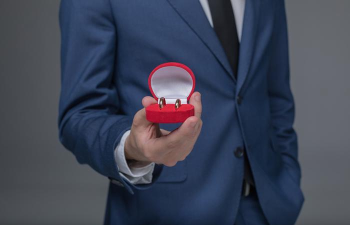 Unique Personalized Wedding Gifts Idea