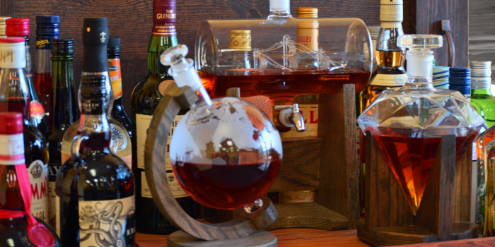 Why Use a Decanter