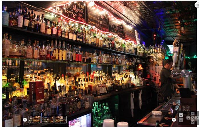 Best whiskey bar Chicago - Delilah's