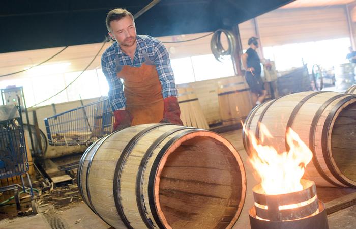 Making a whiskey barrel Step 5 - Char the Barrel