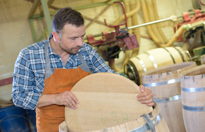 Making a Whiskey Barrel Step 5 - Adding Top and Bottom