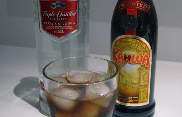 Black Russian Kahlua Cocktails