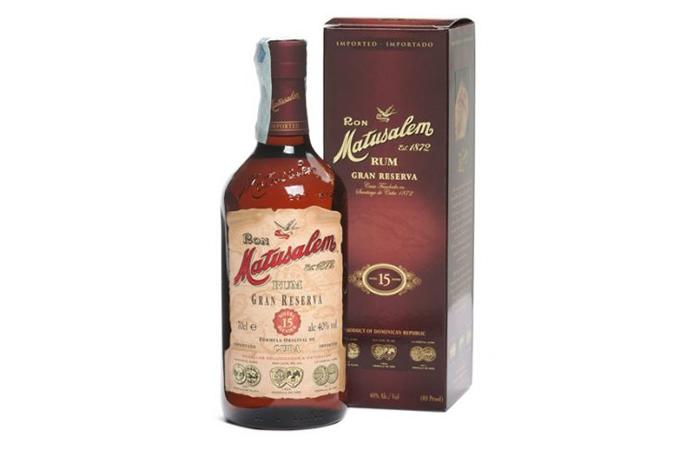 A bottle of Ron Matusalem Gran Reserva 15th Anniversary